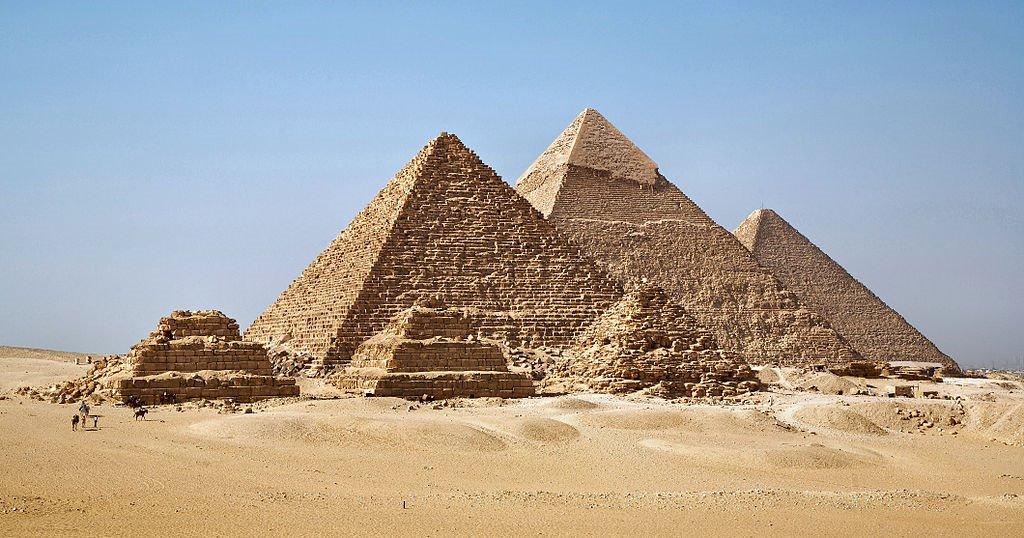 """Pirámides de Gizeh, Egipto. """"Guía para viajeros inocentes"""", Mark Twain"""