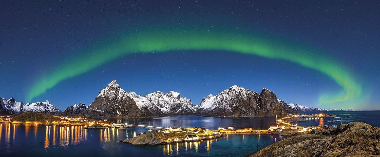 Islas Lofoten Reine Aurora boreal. Archipiélago de las Lofoten