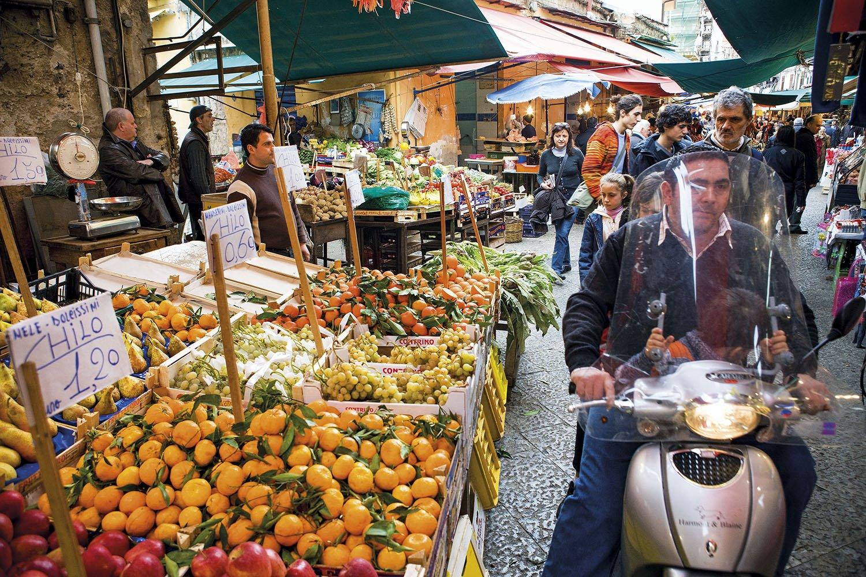 Mercado en Palermo. El mercado Ballaró de Palermo