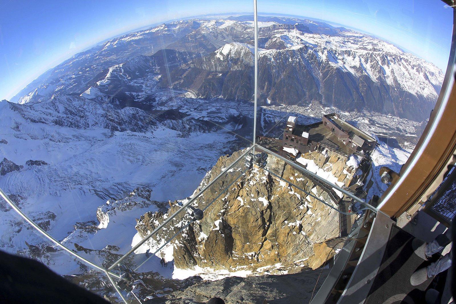 Los Alpes desde el vacío. Chamonix, Francia