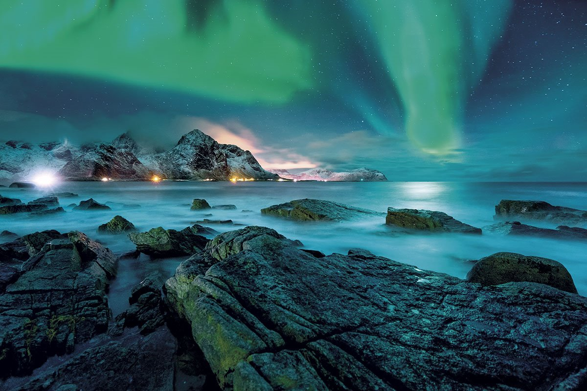 Auroras boreales en las Lofoten. Â¿Son todas las auroras de color verde?