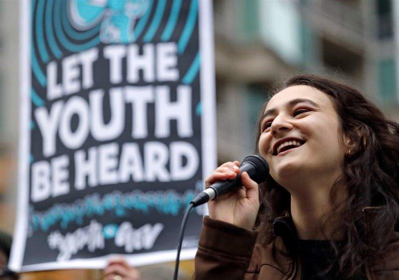 Miles de jóvenes acuden a cada acto en defensa del medio ambiente en todo el mundo.