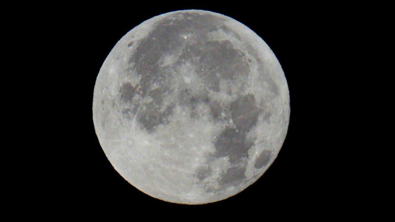 Luna-llena_e6d53cb8_1280x720