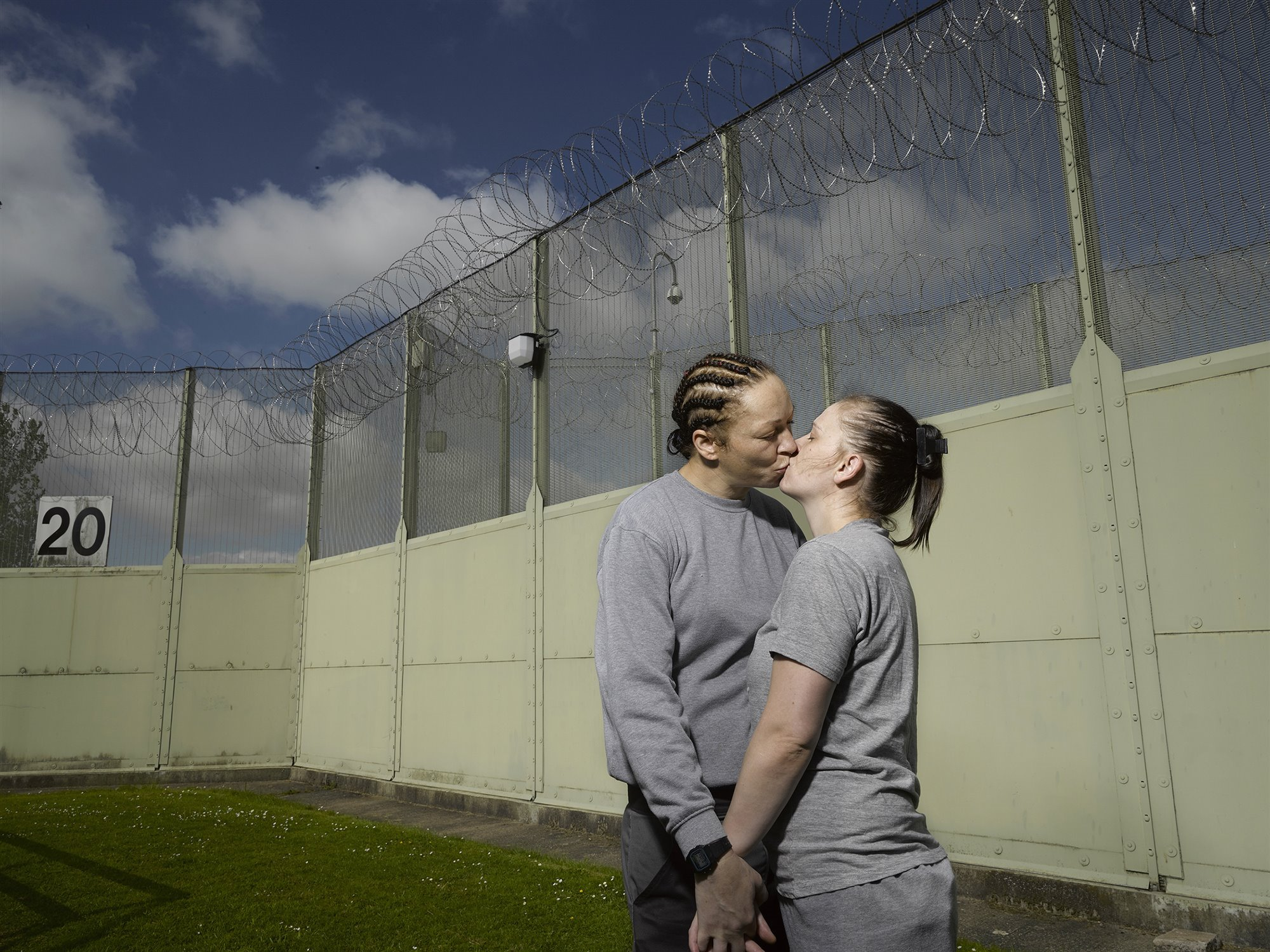 Laura & Katie meet at the prison fence