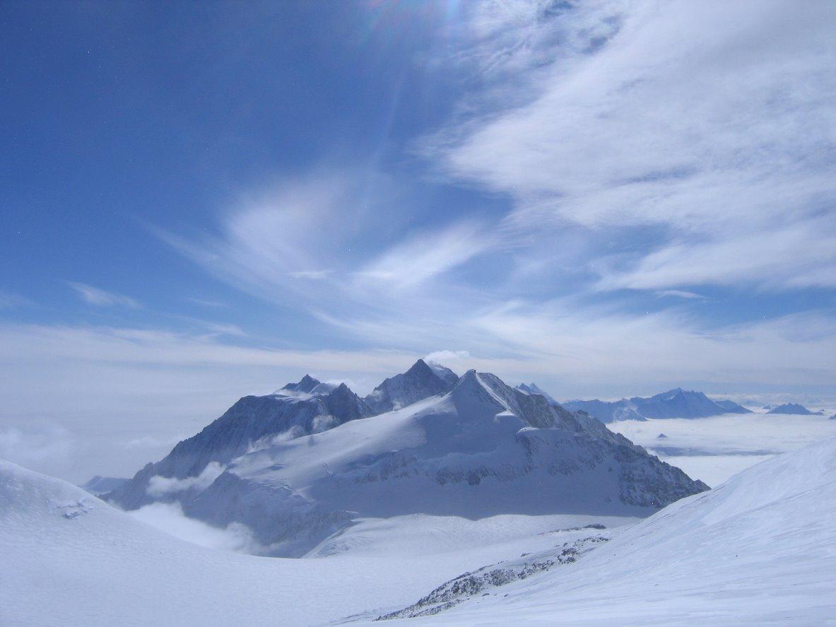 Macizo Vinson (4.892 metros)