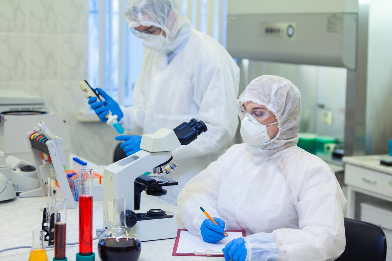 Las evidencias científicas explican que el SARS-CoV-2 surgió de forma natural, no fue creado en un laboratorio.