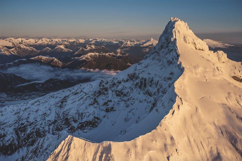 El volcán Corcovado domina el parque nacional homónimo de Chile. El desaparecido Doug Tompkins, aventurero además de conservacionista, lo escaló en la década de 1990. El parque se creó en 2005 al sumar suelo federal y tierras donadas por Tompkins Conservation y el filántropo Peter Buckley.