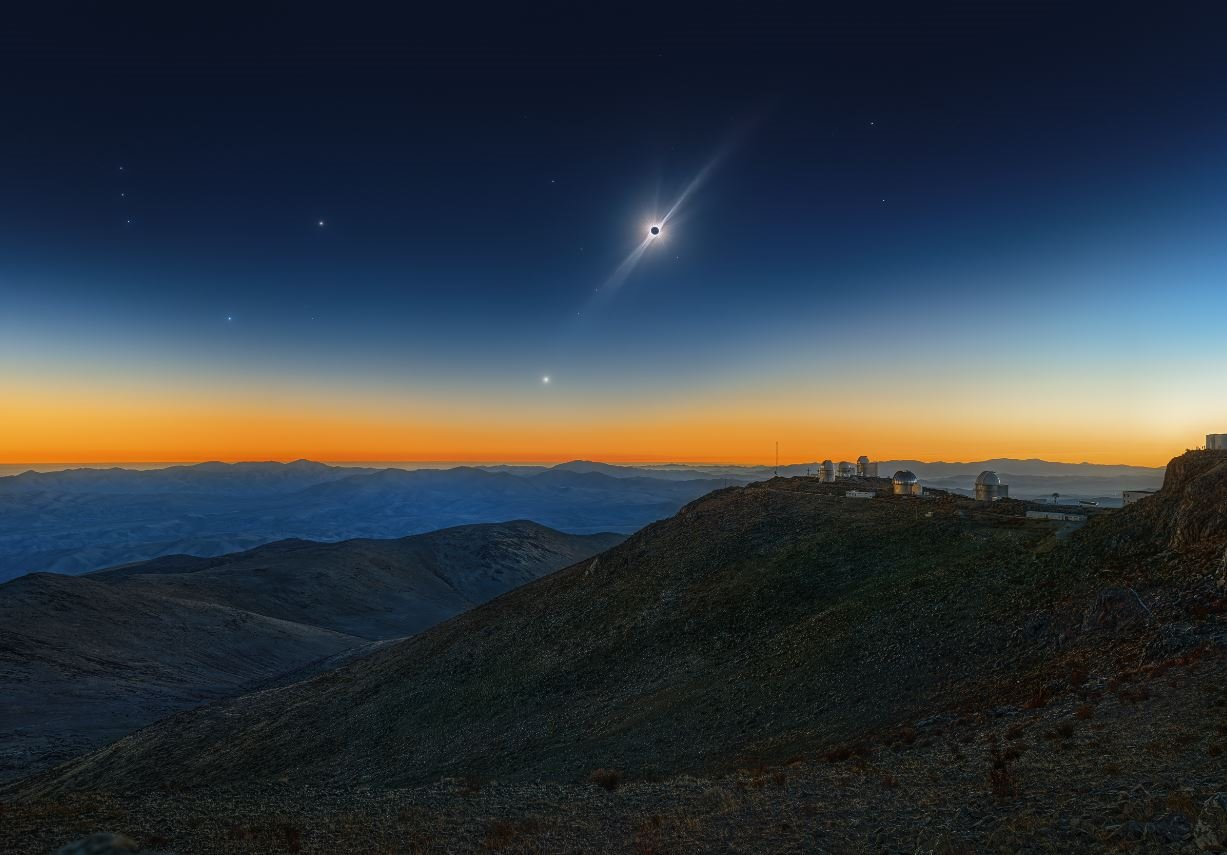 Total Solar Eclipse, Venus and the Red Giant Betelgeuse
