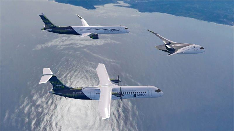 Vista de los tres nuevos aviones basados en reactores, turbohélices, y un tercero denominado 'cuerpo de ala mixta', en el que las alas se fusionan con el cuerpo principal de la aeronave.