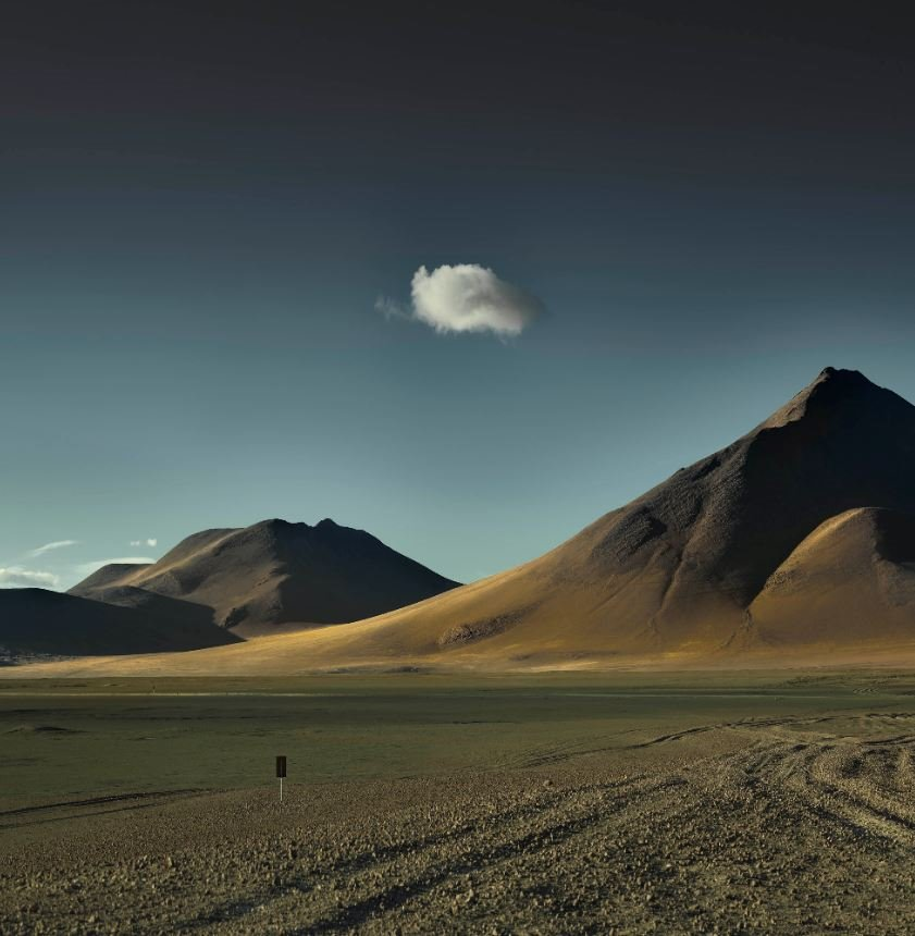 Single Cloud Over Altiplano