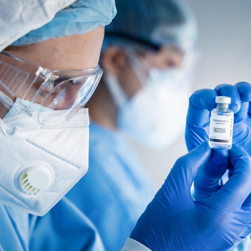 Guía para desmentir 24 bulos sobre la vacuna de COVID-19