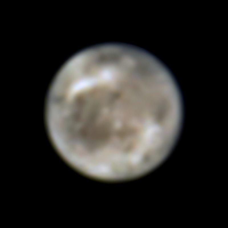 Ganímedes fotografiada en 1996 por el Telescopio Espacial Hubble